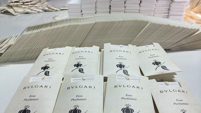 Handling and Packing for Scented Ceramic Bulgari
